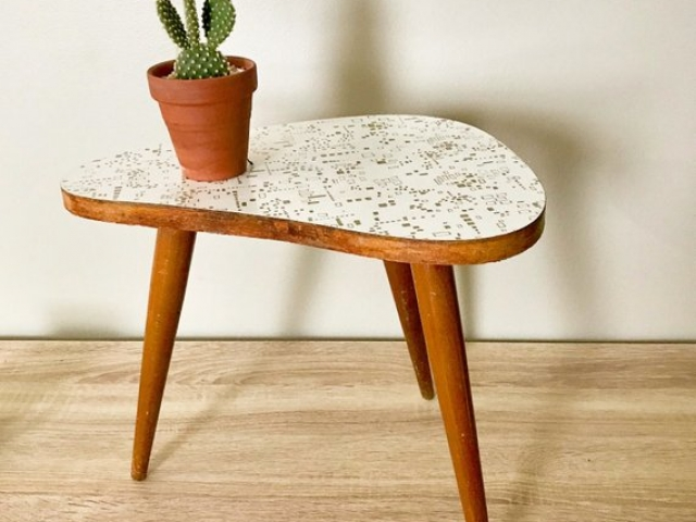 Danish Mid Century Modern Kidney Teak Plant Stand Table