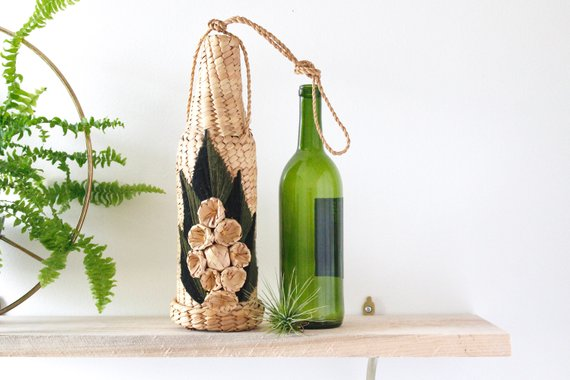 Vintage Rustic Wicker Wine Bottle Holder